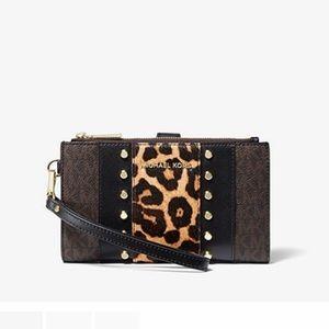 Michael Kors Adele logo leopard phone wallet zip